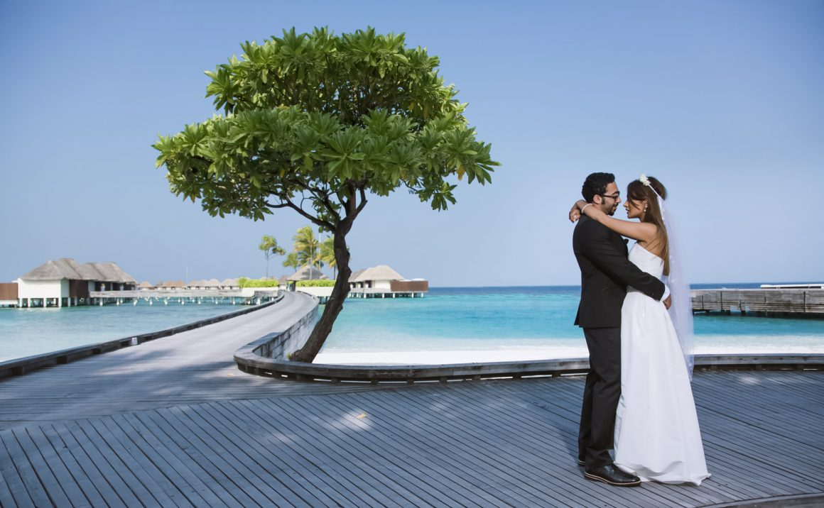 professionals in wedding photography in maldives
