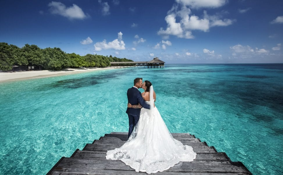 maldives shades of blue wedding photography