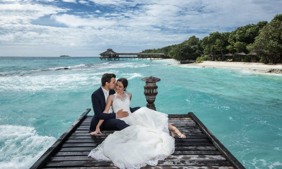 bridegroom love stories by photographer in maldives